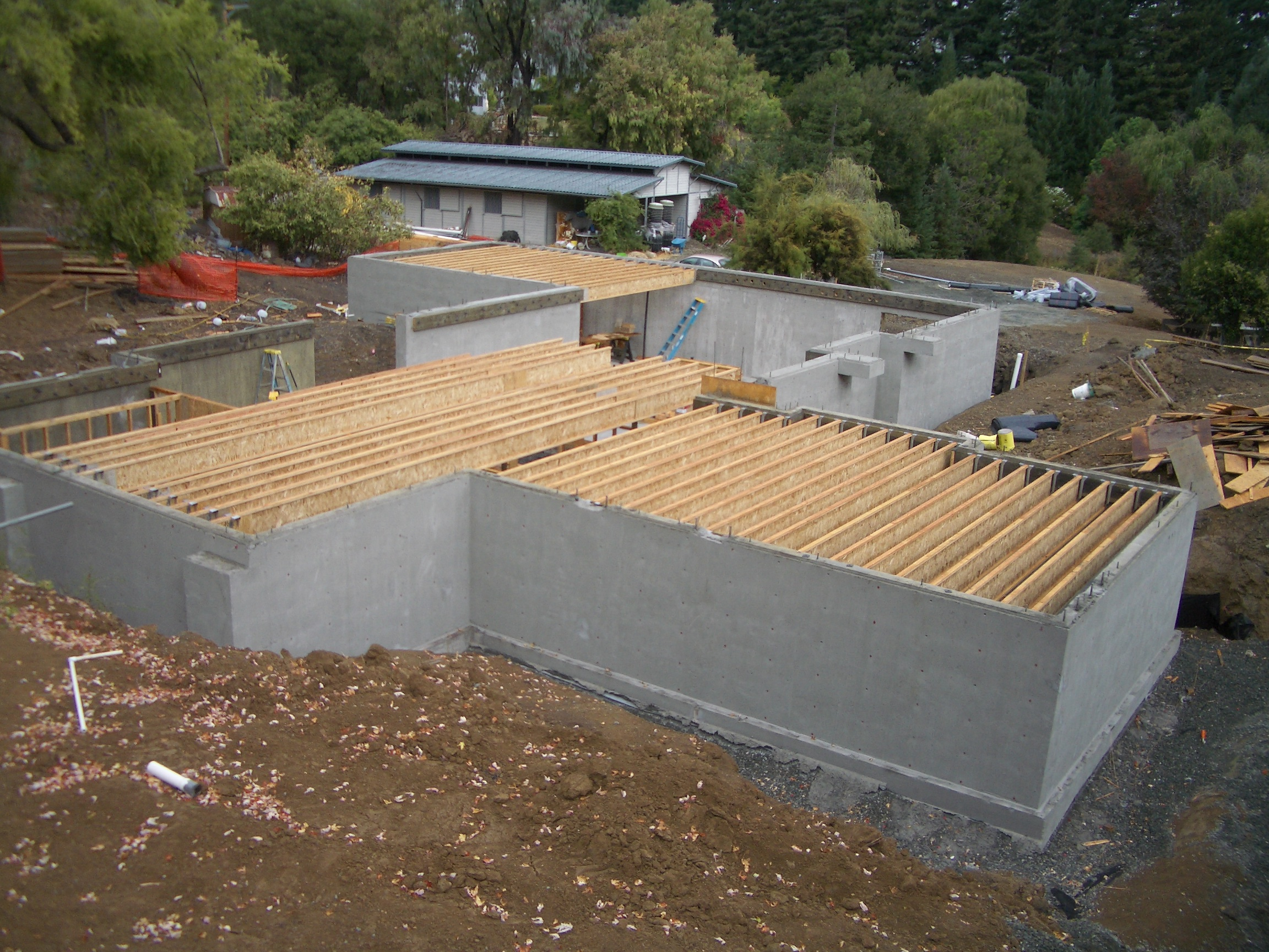Waidy 39 s green home for Building a basement foundation